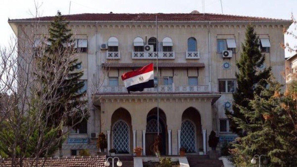 قنصلية مصر: جار نقل جثمان 6 مواطنين توفوا في حادث بالكويت