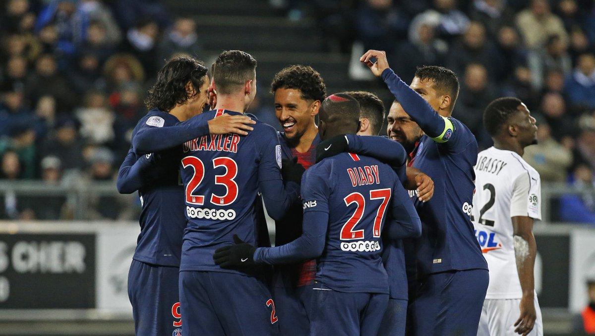 صور | باريس سان جيرمان يسحق اميان بثلاثية نظيفة في الدوري الفرنسي