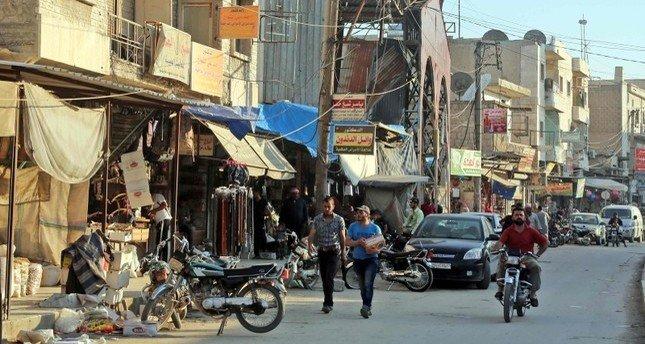 مقتل 19 شخصًا بينهم جنديان أمريكيان في تفجير انتحاري بمدينة منبج السورية