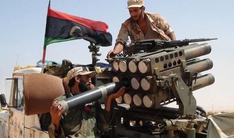 خمسة قتلى و20 جريحًا فى اشتباكات مسلحة جنوبي طرابلس