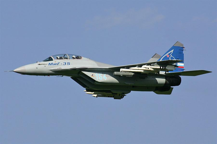 """الدفاع الروسية: مقاتلات أمريكية ترافق قاذفات """"تو – 95 إم إس"""" الروسية للمرة الثانية خلال أسبوع"""
