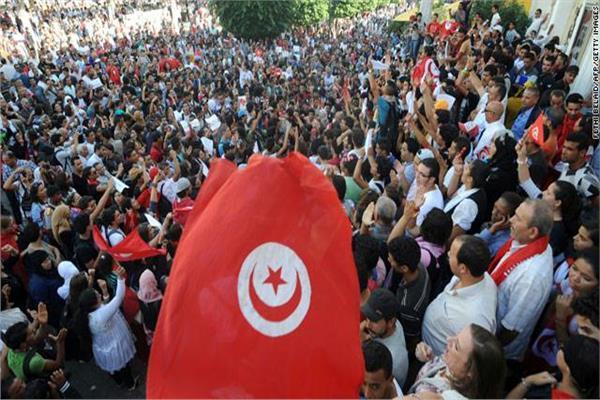 بدء الإضراب العام بالوظيفة العمومية والقطاع العام بتونس