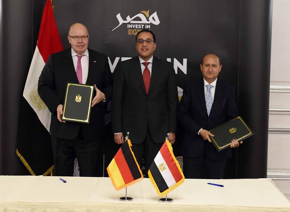 صور | رئيس الوزراء يشهد توقيع إعلان مشترك لتعميق العلاقات التجارية بين مصر وألمانيا