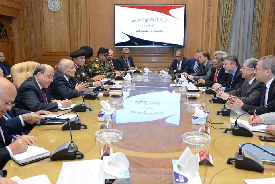 وزيرا  الإنتاج الحربي والكهرباء يبحثان سبل التعاون مع الشركات العالمية