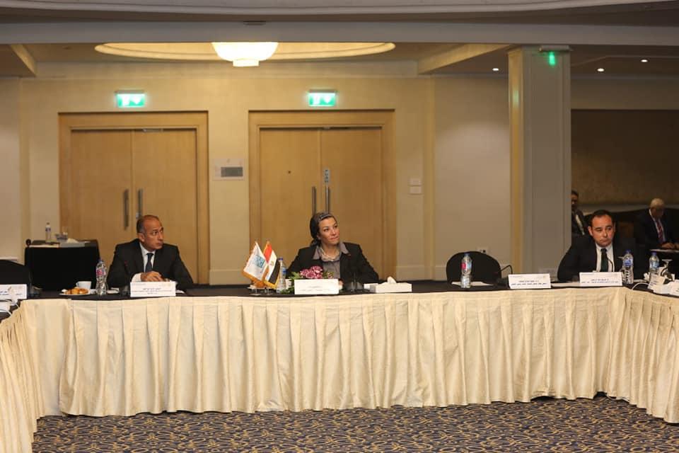 صور | وزيرة البيئة تستعرض نتائج مشاركة مصر في مؤتمر «تغير المناخ» ببولندا