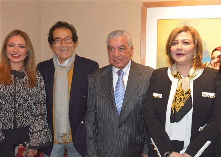 صور   السفير السعودي وليلى علوى والهام شاهين في معرض فاروق حسني