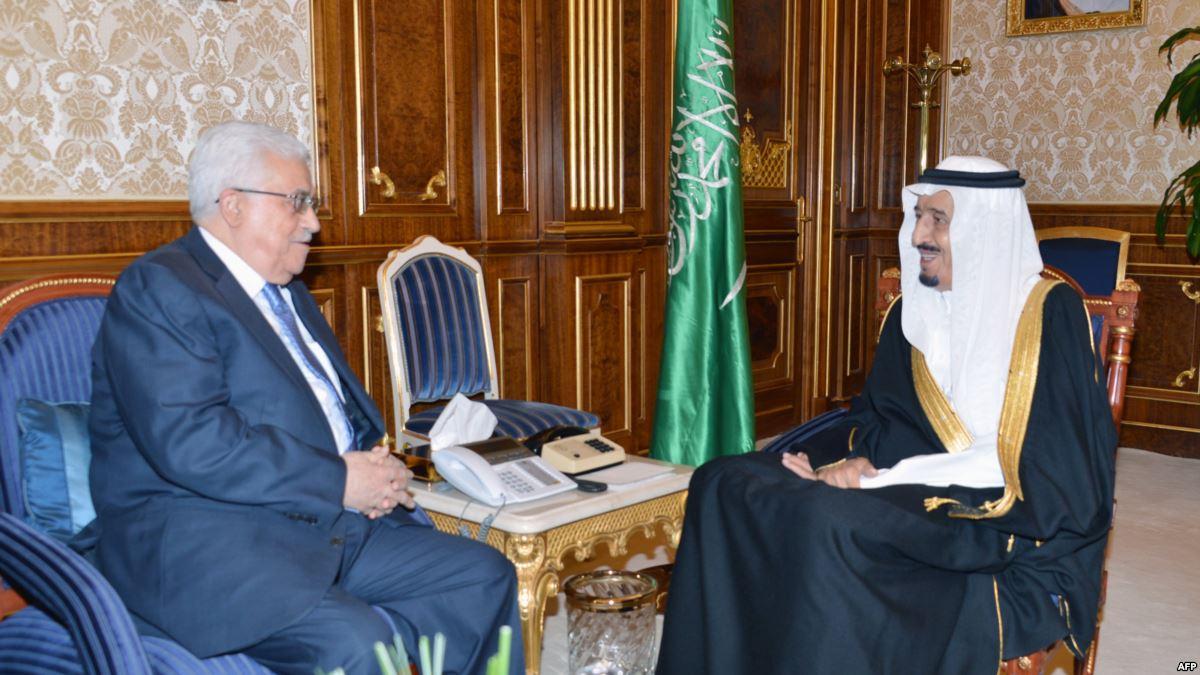 العاهل السعودي يؤكد لمحمود عباس وقوف المملكة مع حق الفلسطينيين في قيام دولتهم
