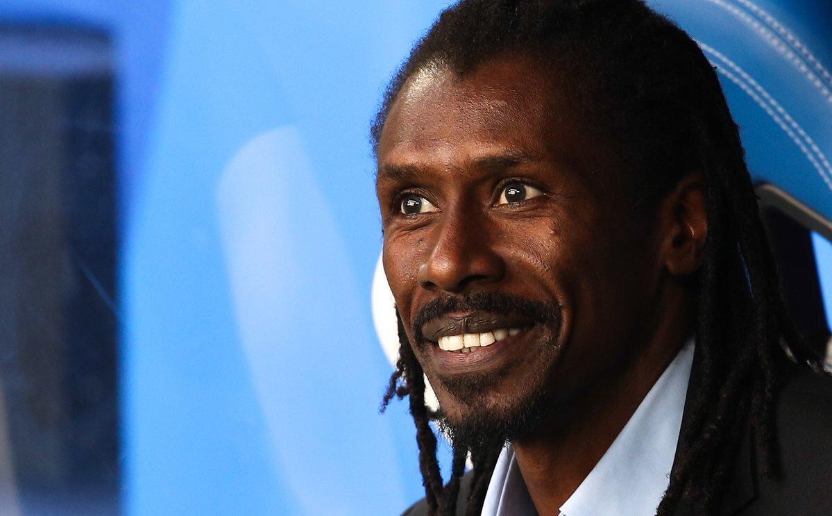 الاتحاد السنغالي يجدد تعاقده مع سيسيه مدرب المنتخب حتى عام 2021
