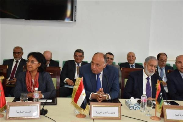 سامح شكري يشارك في جلسة تشاورية للوزراء العرب