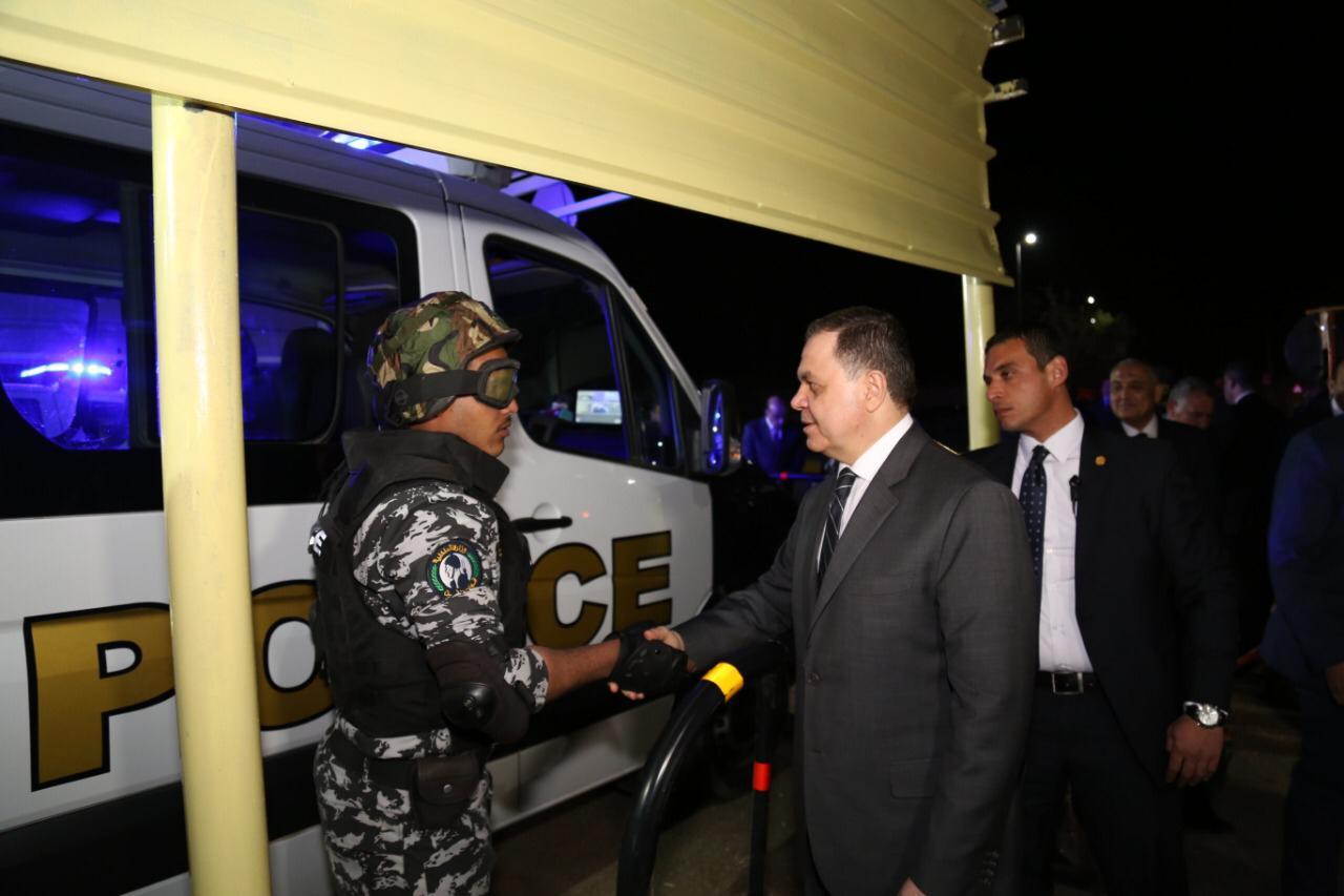 صور| وزير الداخلية يتفقد الحالة الأمنية بـ أسوان قبل انطلاق ملتقى الشباب العربى والإفريقى