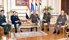 وزير الدفاع يستقبل نظيره الصيني لبحث زيادة أوجه التعاون العسكري