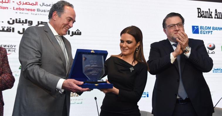 وزيرا الاستثمار والاتصالات يشاركان في ملتقى الأعمال المصري اللبناني