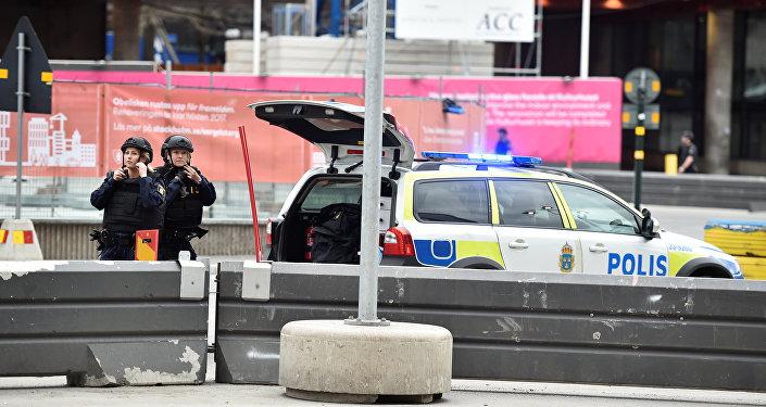الشرطة النرويجية : نتعامل مع حادث إطلاق النار داخل مسجد باعتباره عملا إرهابيا