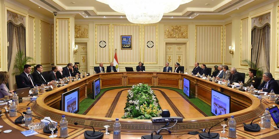 رئيس الوزراء يعقد اجتماعاً لمتابعة تنفيذ المشروع القومى لتطوير واجهات نهر النيل