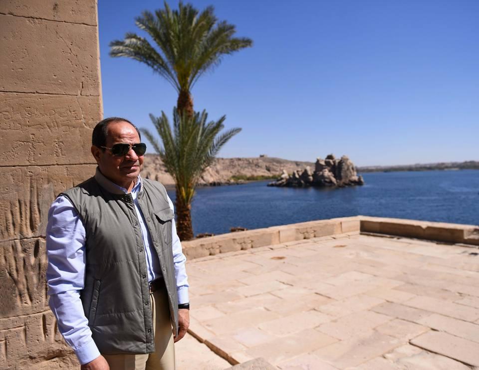 جولة الرئيس السيسي بمعبد فيلة بأسوان تتصدر عناوين الصحف المصرية