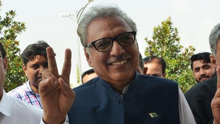 الرئيس الباكستاني يحث شعبه على الابتعاد عن التحيز الطائفى