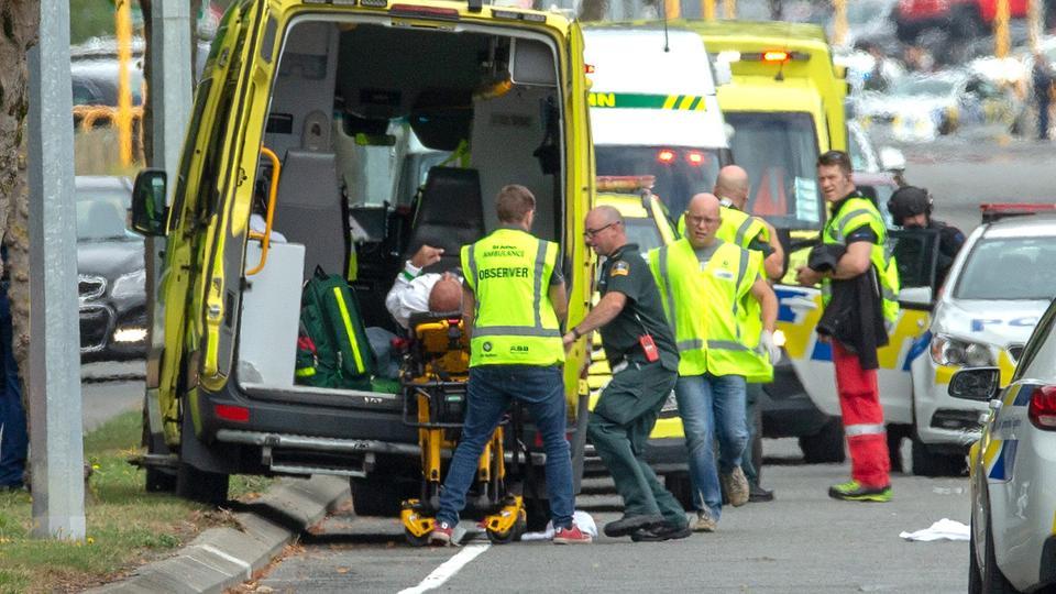 سفارة مصر بنيوزيلندا تساعد مصابي وأسر شهداء حادث المسجدين بكرايستشيرش
