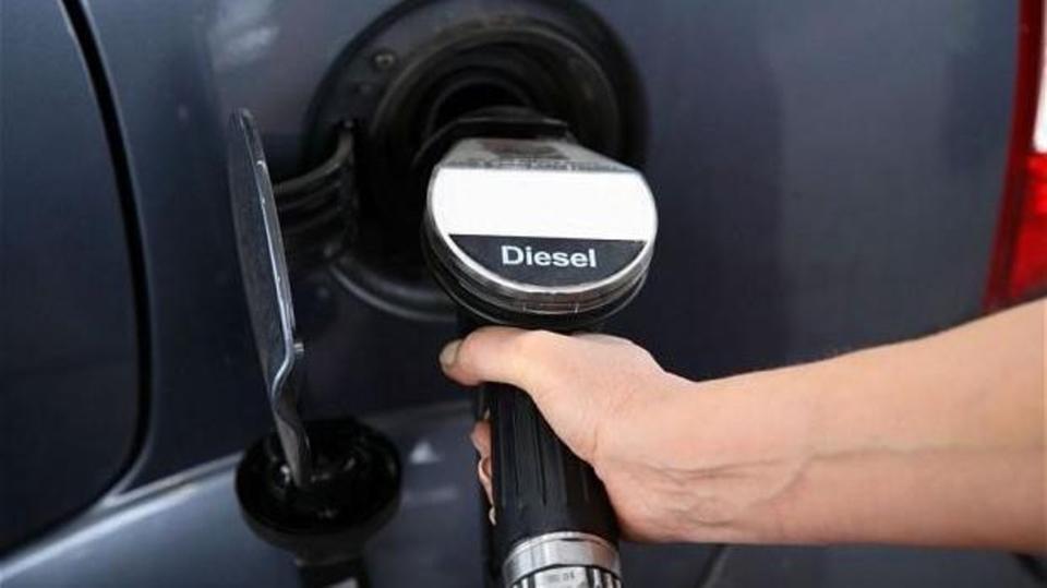 الصين : حظر مبيعات سيارات البنزين في إقليم هاينان بحلول 2030