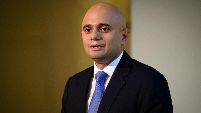 وزير الداخلية البريطاني: الهجوم على 5 مساجد ببرمنجهام يبعث القلق البالغ