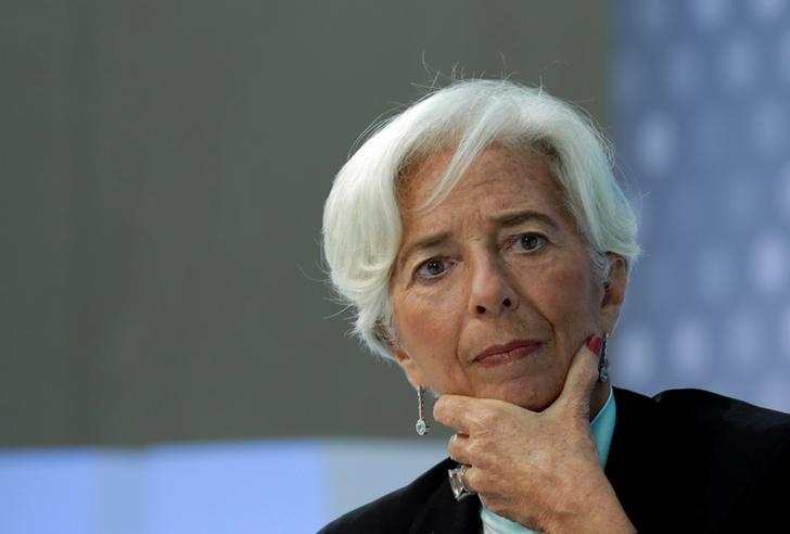 """""""المركزي الأوروبي"""" يحذر من تعرض القارة لصدمة اقتصادية بسبب كورونا"""