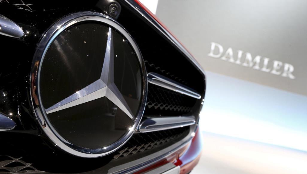 مرسيدس تستدعى 44900 سيارة فى الصين بسبب مشكلة فى الإطارات