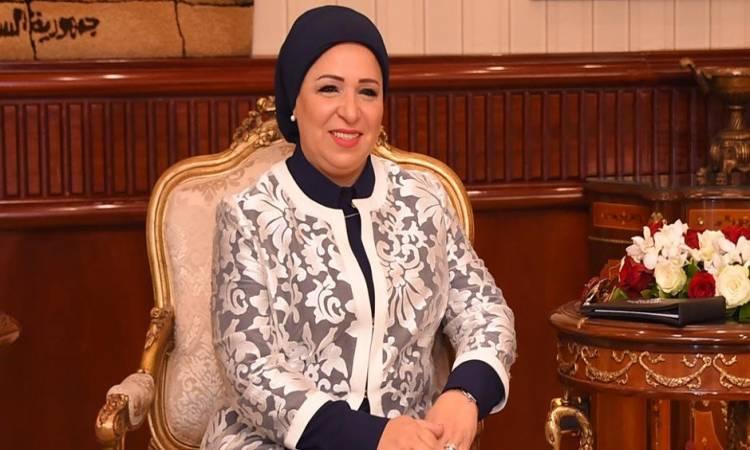السيدة انتصار السيسي للمصريين: عيد سعيد علينا جميعاً