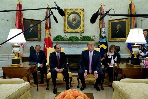 ترامب يغرد: تشرفت كثيرا باستقبال رئيس جمهورية مصر العربية عبدالفتاح السيسي بالبيت الأبيض