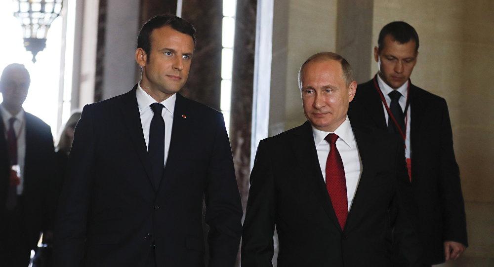الكرملين: بوتين وماكرون ناقشا الوضع في أوكرانيا وتفعيل صيغة النورماندي