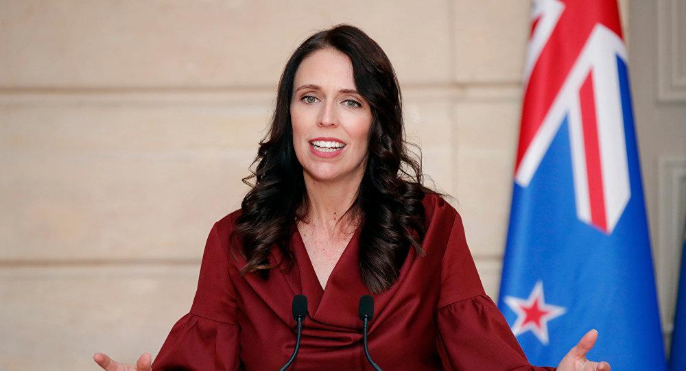 رئيسة وزراء نيوزيلندا تعلن تمديد العمل بقيود مكافحة كورونا لـ12 يوما إضافيا