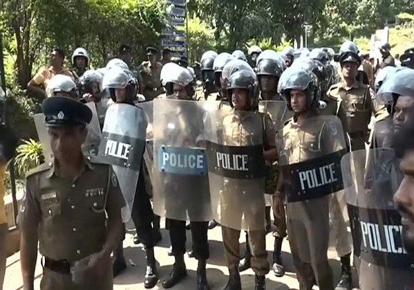 الشرطة السريلانكية تعلن مقتل 3 شرطيين في الانفجار الثامن