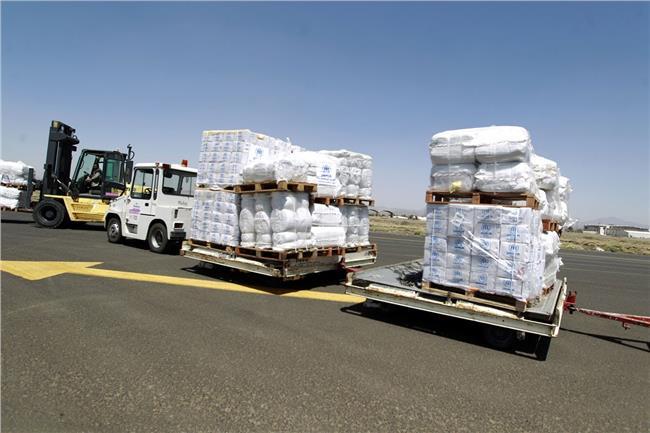 السعودية والإمارات تخصصان 200 مليون دولار لدعم الاحتياجات الإنسانية باليمن