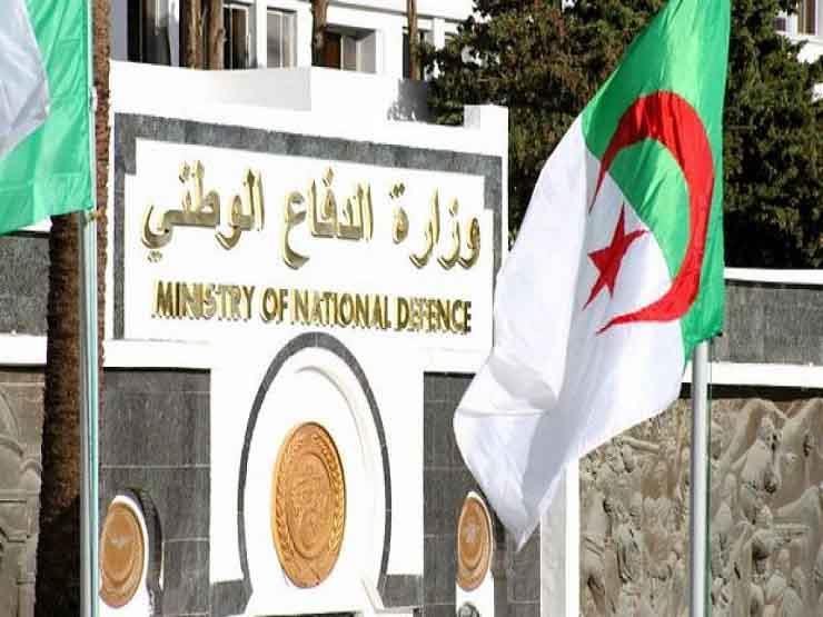 القضاء العسكري الجزائري يقرر حبس قائد عسكري سابق والقبض على آخر