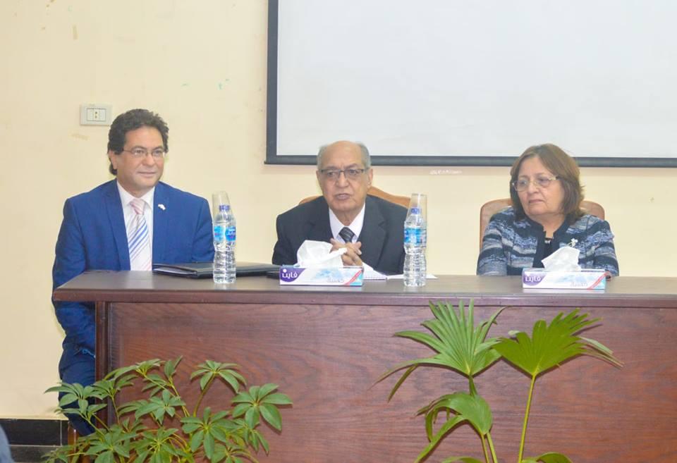 اثنان من رواد مصر تستطيع يشاركان في ندوة حول تأهيل معلمي الإبتدائية والثانوية