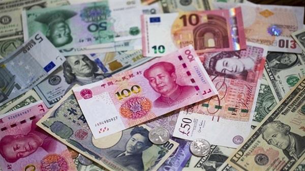 """""""الجمارك"""" تعلن أسعار العملات الأجنبية مقابل الجنيه حتى نهاية أبريل"""