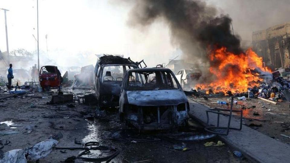 إصابة 6 أشخاص بانفجار سيارة مفخخة في العاصمة الصومالية مقديشو