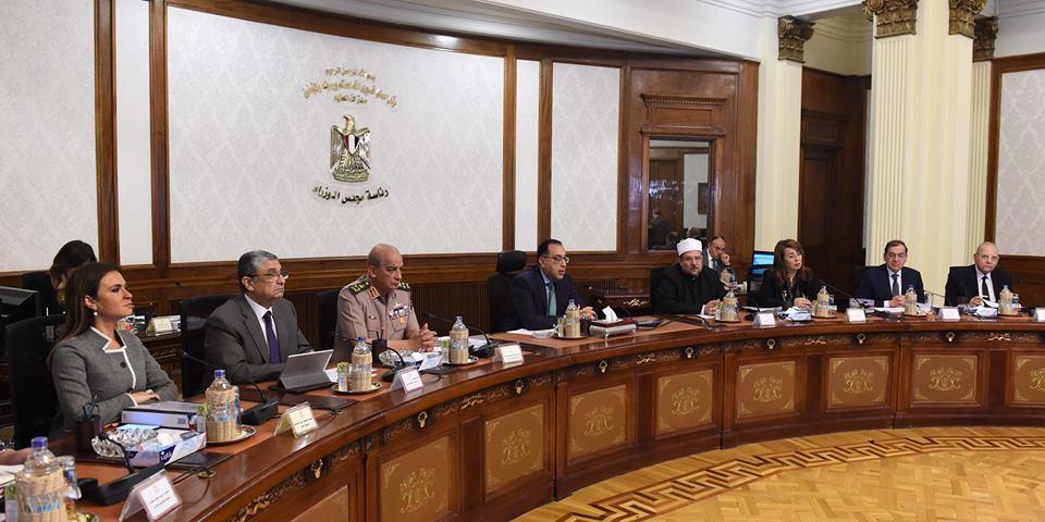 رئيس الوزراء يشيد بافتتاح محور روض الفرج وكوبري تحيا مصر