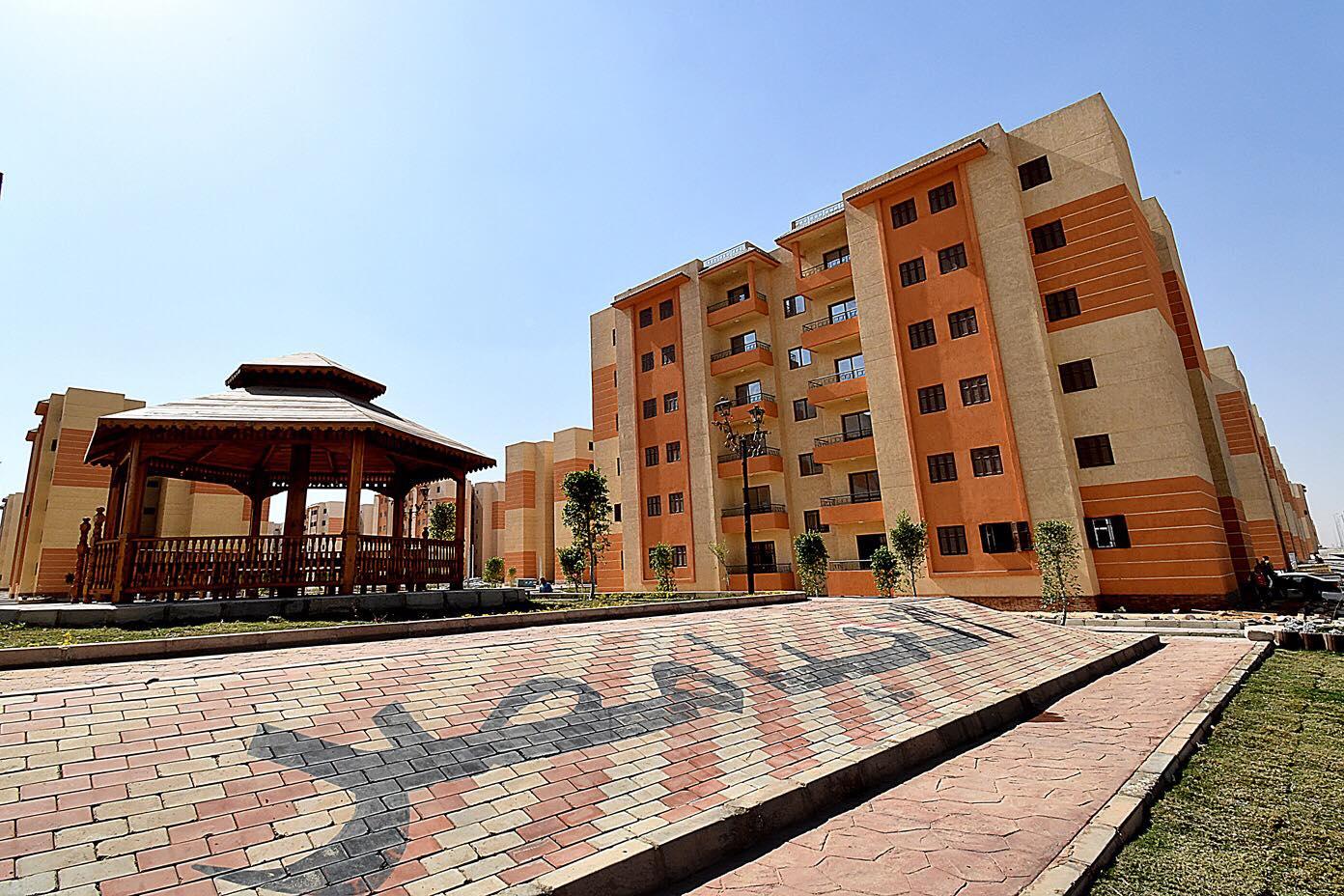 صور   وزير الإسكان : 10 مليارات جنيه لتنفيذ عدد من المشروعات في مدينة حدائق أكتوبر