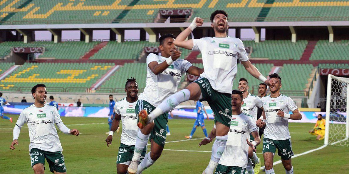 المصري يفوز على الزمالك بثنائية و يهدي الأهلي صدارة الدوري