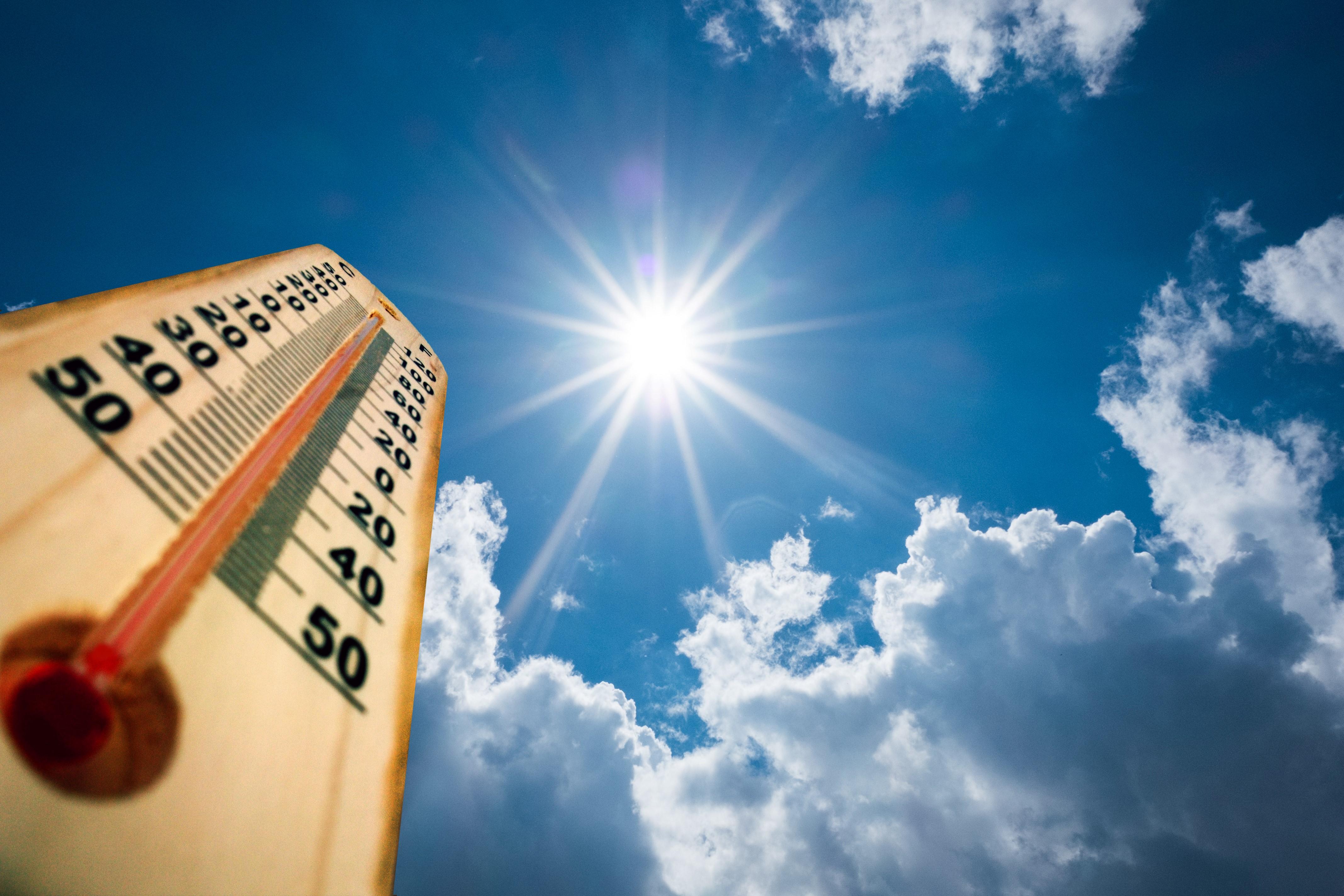 الأرصاد الجوية : ارتفاع طفيف فى الحرارة غدًا والعظمى بالقاهرة 36 درجة