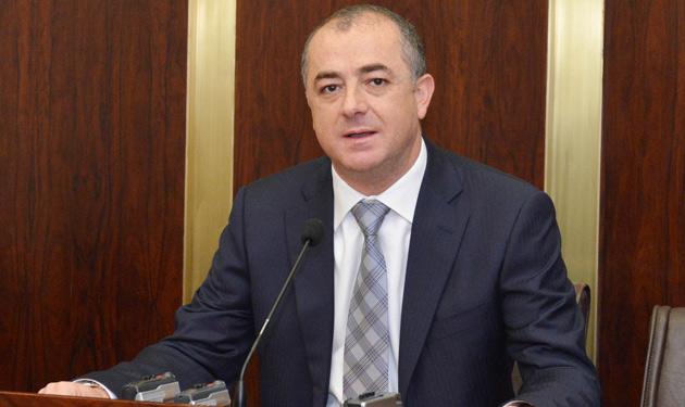 وزير الدفاع اللبناني: لابد من خطة طريق لإعادة النازحين السوريين إلى بلدهم