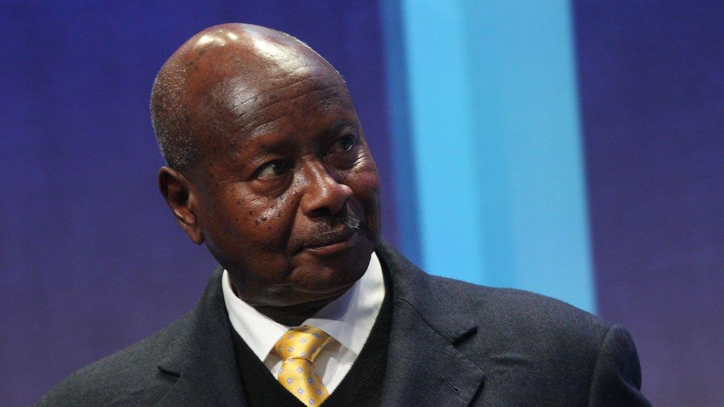 الرئيس الأوغندى يؤكد ضرورة الاهتمام بالتصنيع لتخفيف معاناة الأفارقة من الفقر