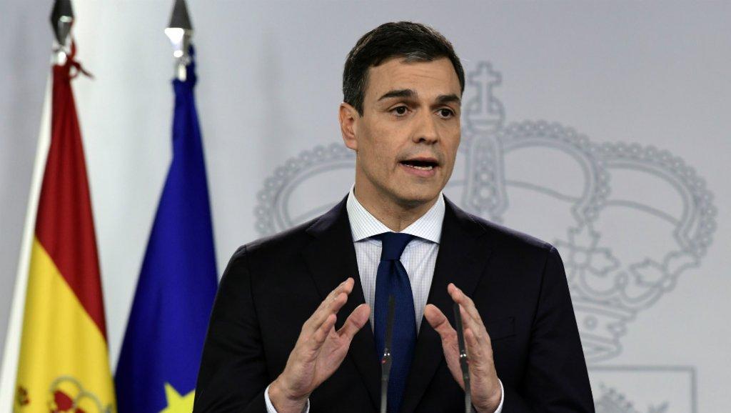 رئيس وزراء إسبانيا يشدد موقفه بشأن إقليم كتالونيا قبل الانتخابات التشريعية