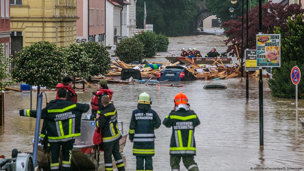 ألمانيا : مقتل شخص بسبب الفيضانات الناجمة عن الأمطار الغزيرة