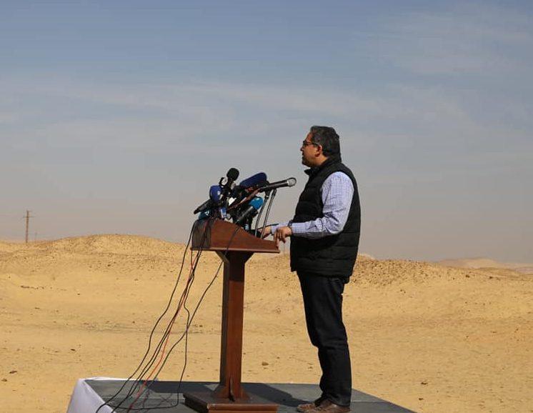 وزير الآثار: الكشف عن مقبرة مزدوجة بالهرم يرجع تاريخها لعصر الأسرة الخامسة