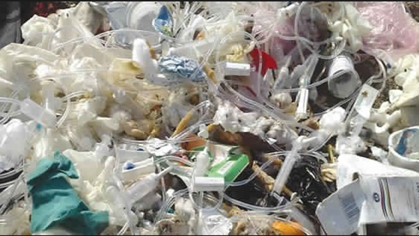 حملات مكثفة لمتابعة التخلص من النفايات الطبية بأسيوط