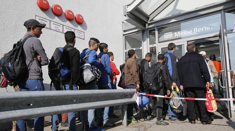 الداخلية الألمانية : لا تغيير في تقييم طلبات اللجوء للسوريين