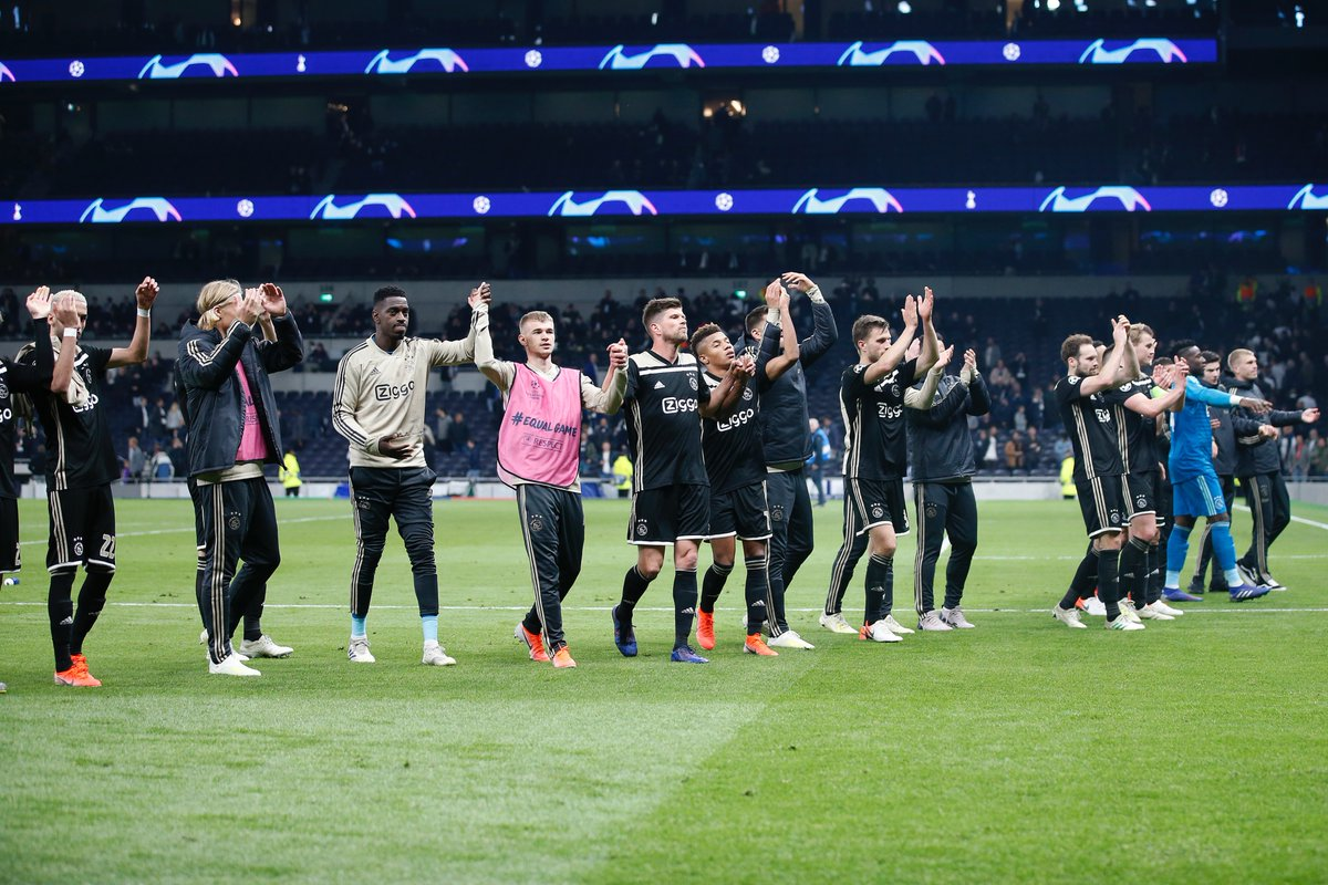 مباراة أياكس وتوتنهام تسجل رقما قياسيا في المتابعة التليفزيونية بهولندا