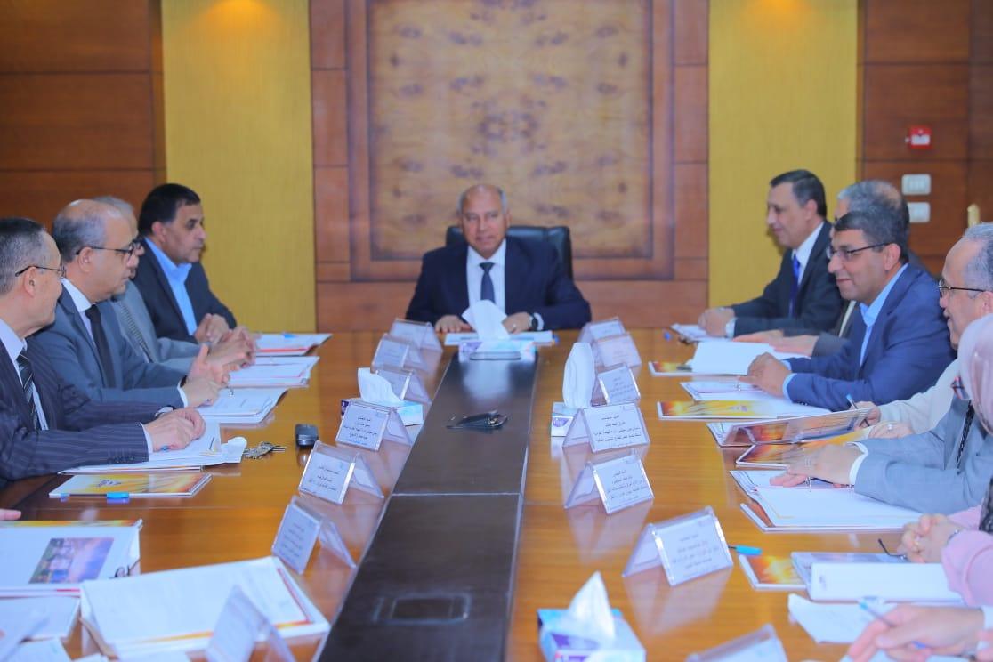 صور| وزير النقل يترأس اعمال الجمعية العادية للشركة المصرية للصيانة السكك الحديدية «ايرماس»