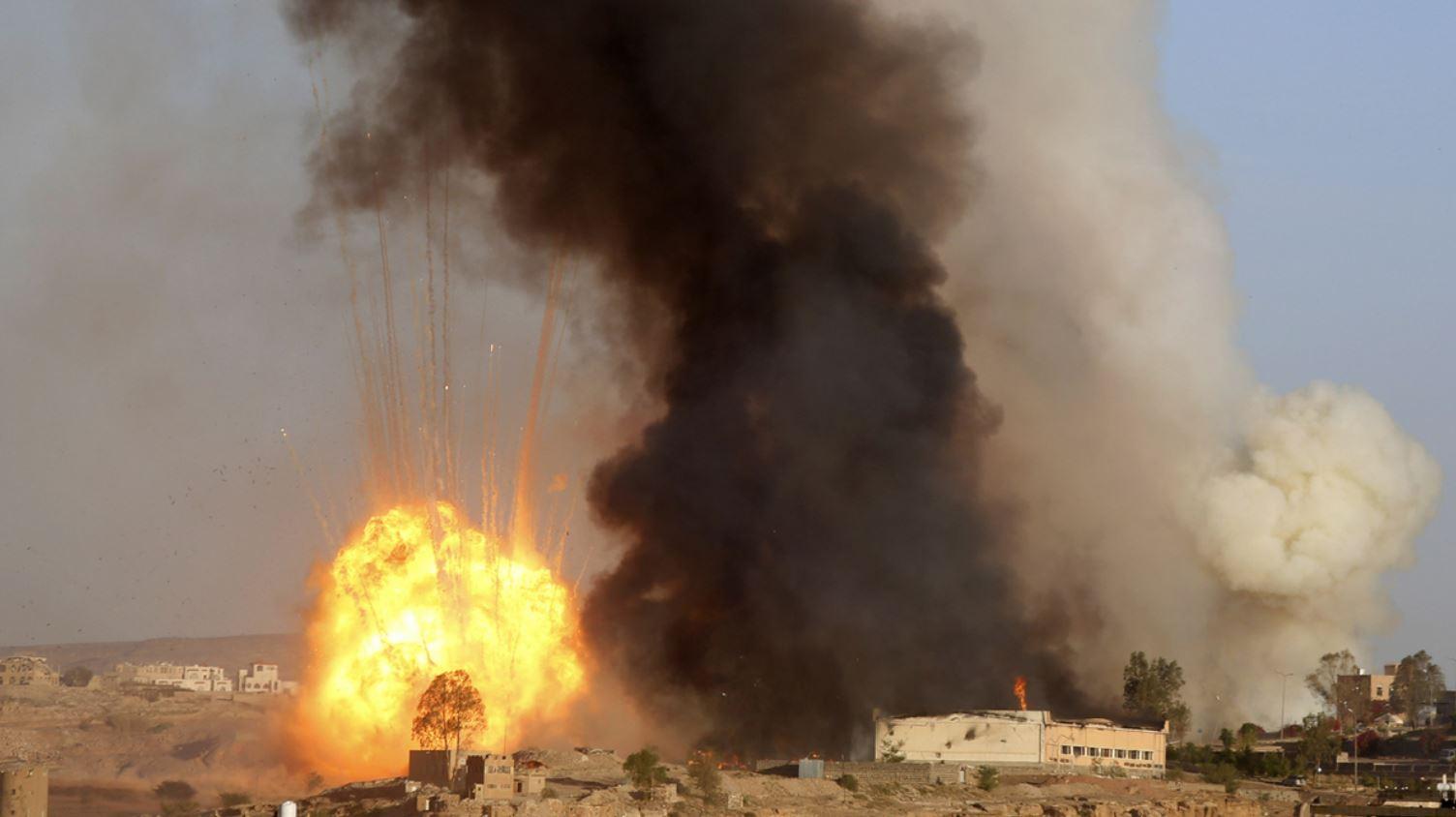 التحالف العربي يدمر مستودع لتخزين الطائرات المسيرة تستخدمه ميليشيات الحوثي في صنعاء