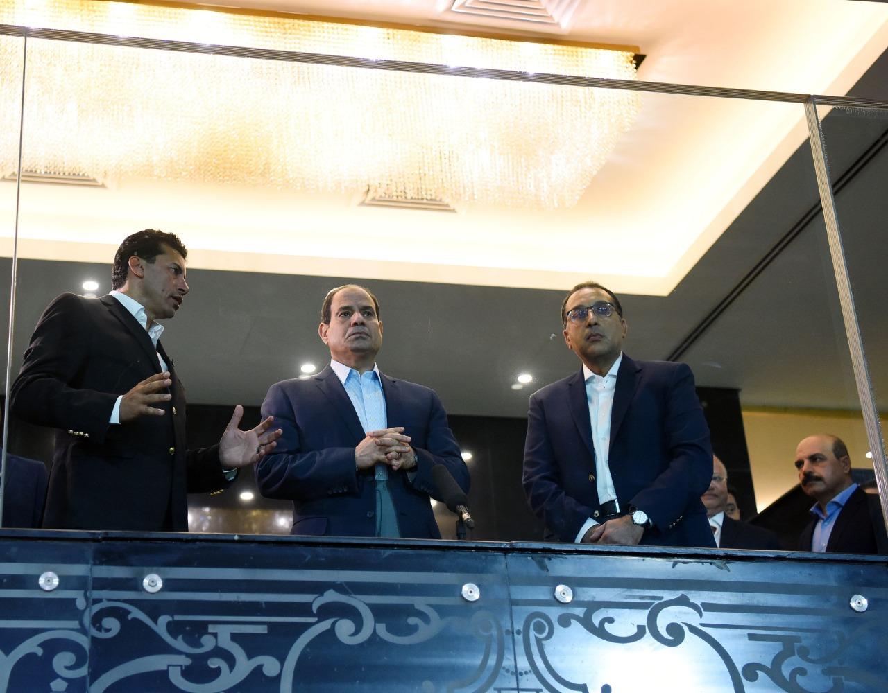 السيسي يتفقد إستاد القاهرة2